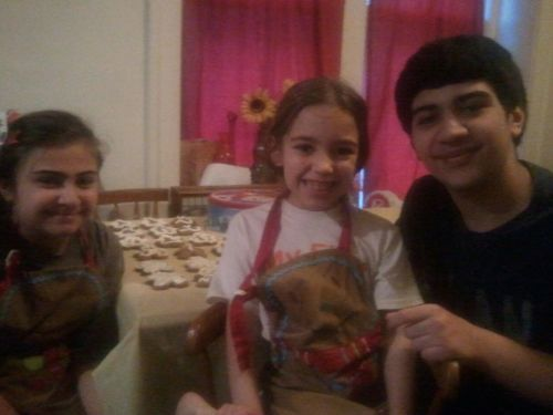 Kids making cookies