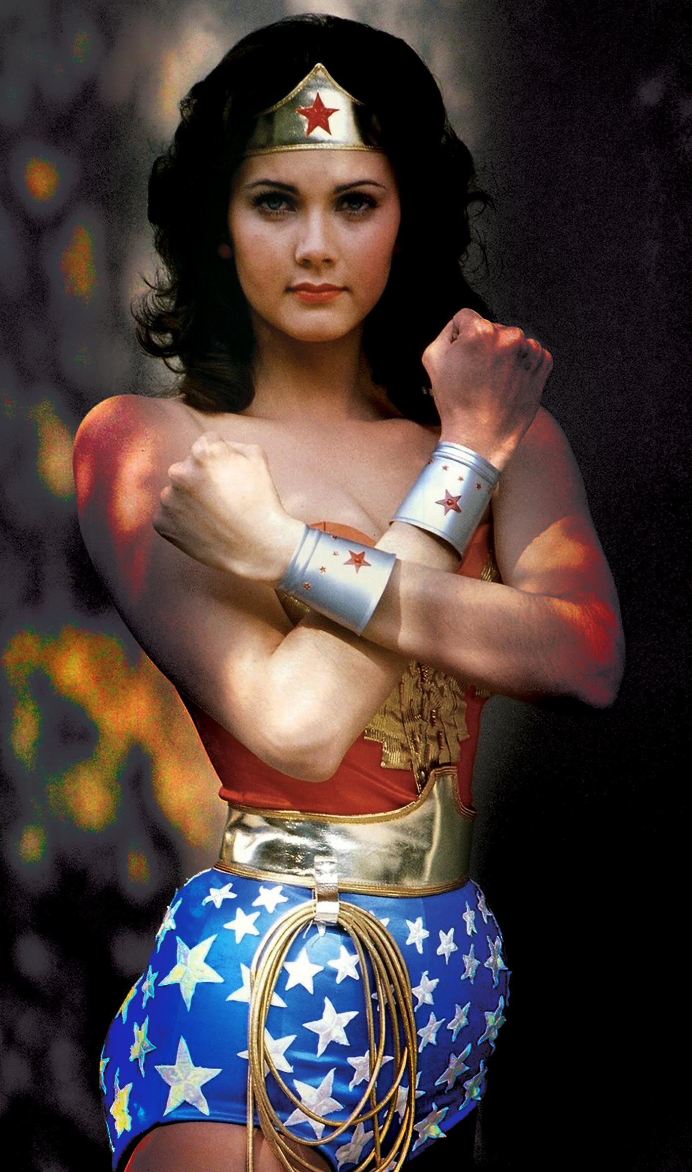 Celebrating Women Series David Berger On The Iconic Wonder Woman  Oh, For The Hook Of A Book-2083