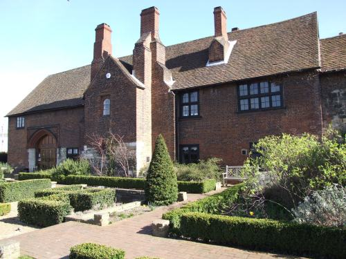 "this is a building open to the public today in Dartford. A part of this red-brick building is the gatehouse raised in 1539 on the rubble of the priory of nuns. After the Dominican priory was ""surrendered"" to the king, it was demolished and a large manor house built on the site, using some of the bricks of the nuns' home. The gatehouse was part of the property. It was a home for Henry VIII but he never stayed there. He gave the house to Anne of Cleves after he divorced her"