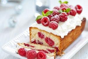 raspberry-pound-cake